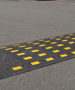 R-2026 rubber speed hump