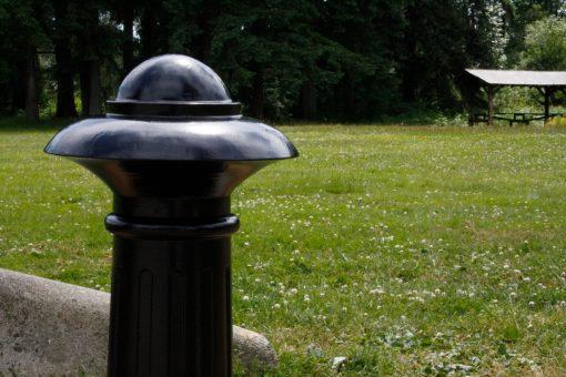 R-7552 decorative bollard top view