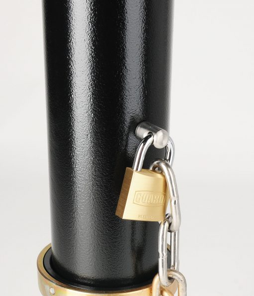 R-7904 bike bollard with removable mount with securing chain