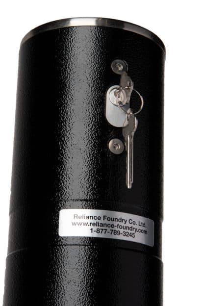 R-8471-RA single locking retractable bollard locking mechanism