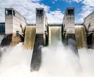 Hydroelectric dam made from concrete