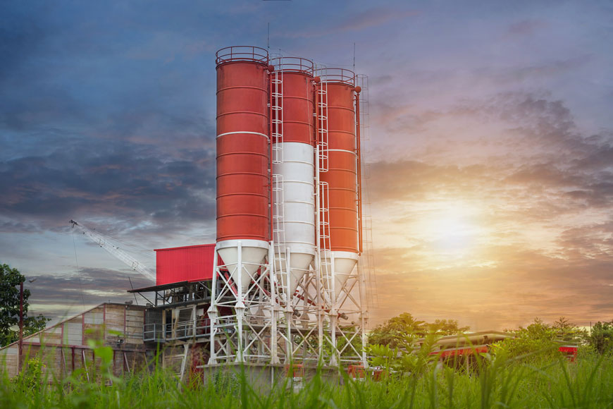 Concrete production facility