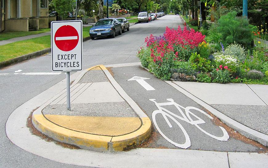 A diverter separates motor traffic from a bike lane
